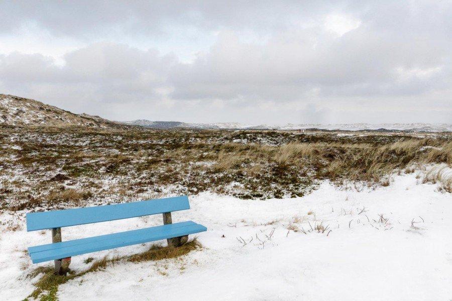 Bank im Schnee Sylt im Winter
