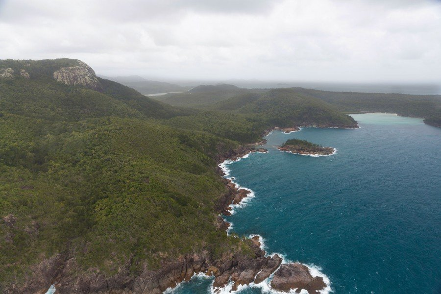 Inseln im Great Barrier Reef aus dem Hubschrauber