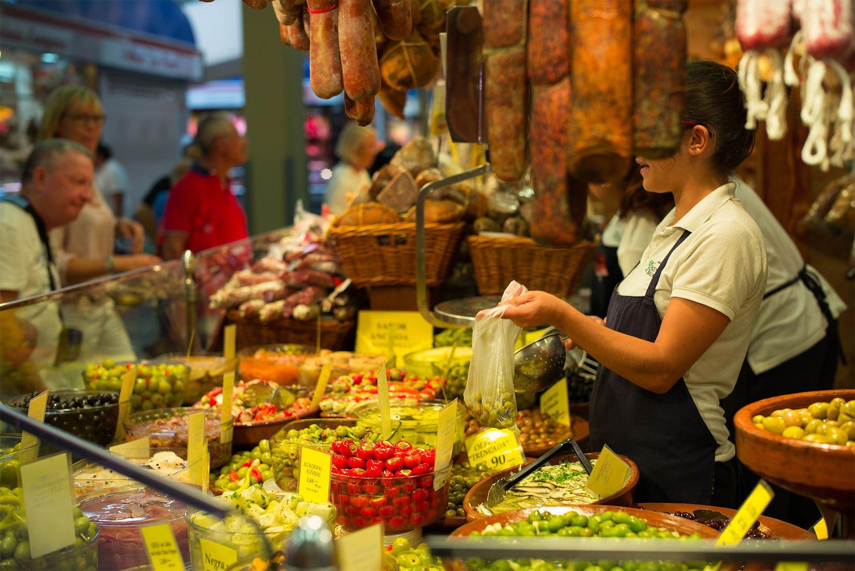 Tapasstand auf dem Markt in Palma