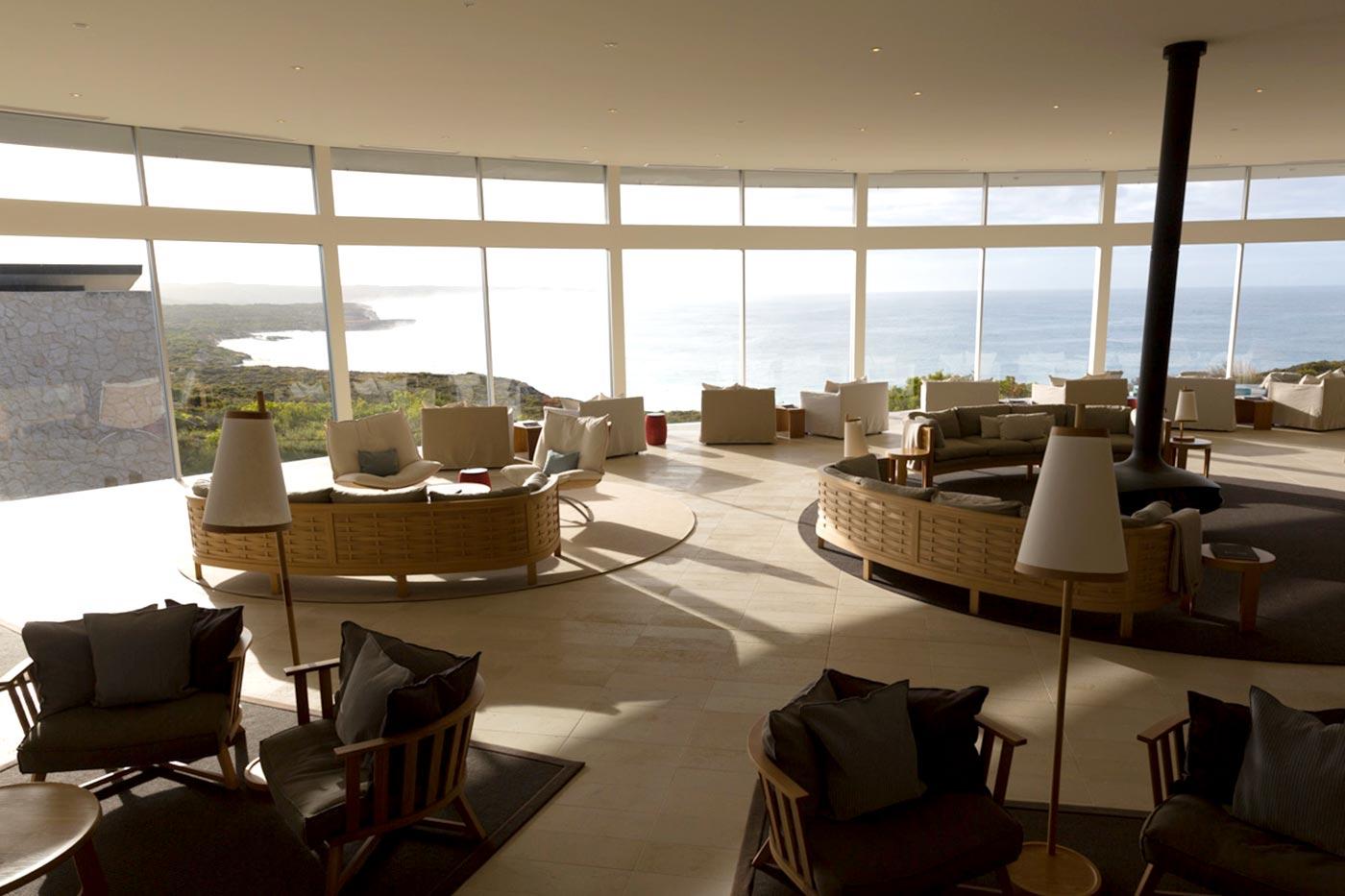 Blick aus der Bar der Southern Ocean Lodge auf Kangaroo Island.