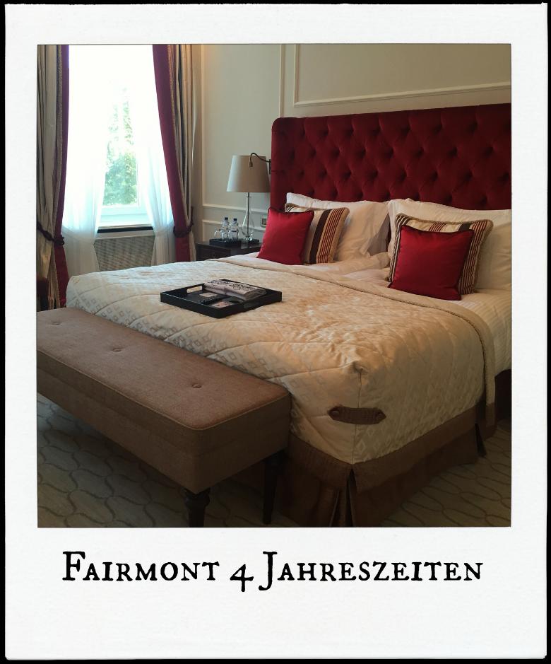 Hotel Vier Jahreszeiten Bett