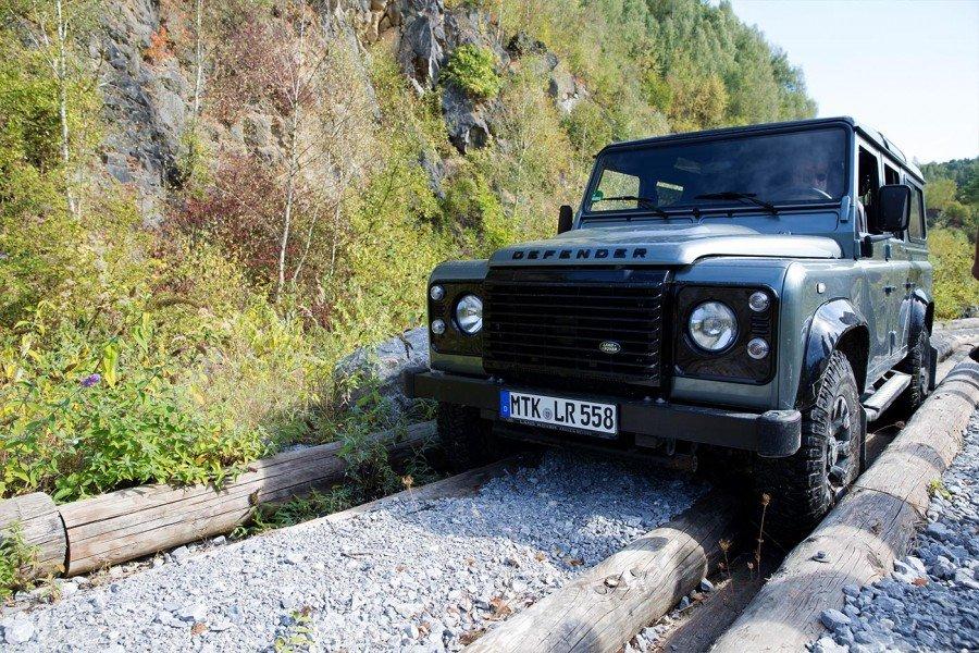 Festgefahrener Land Rover