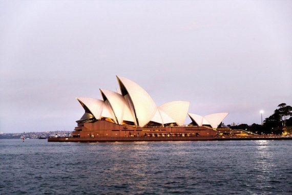 Sydney Oper am Abend Sehnsucht nach Australien