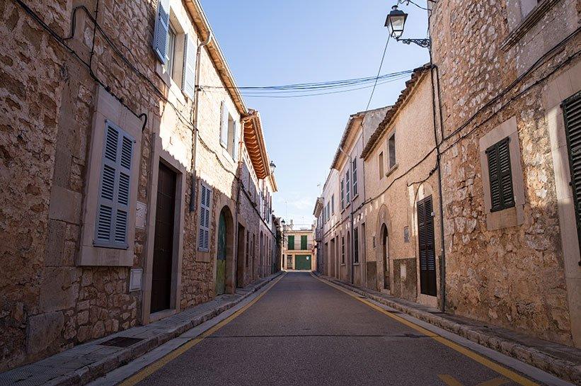 Mallorca im Fruehjahr-Santanyi