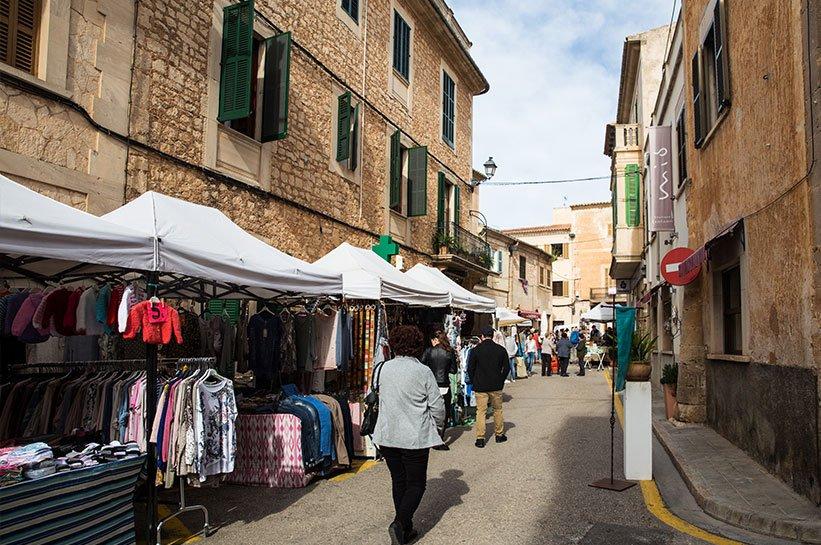 Santanyi Markt Mallorca im Frühjahr