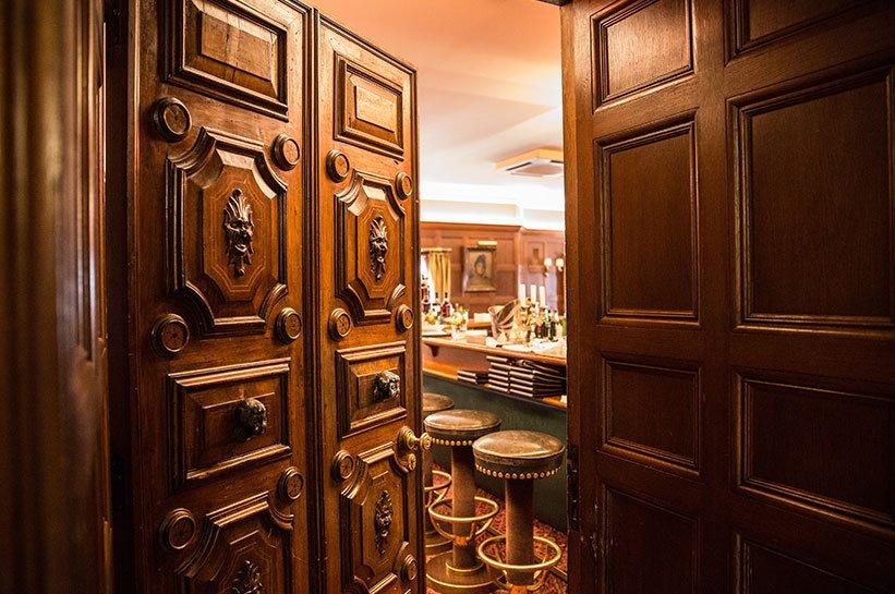Bar im Schloss Kronberg
