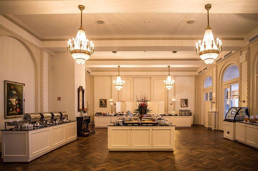Frühstück Grand Hotel Ostsee
