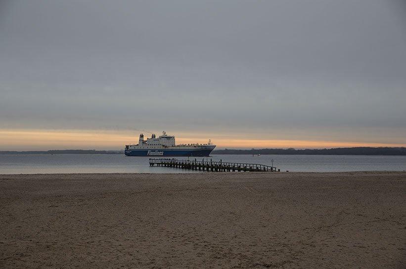 Schiff an der Ostsee