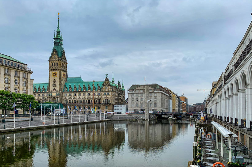 Rathaus und Fleet Hamburg