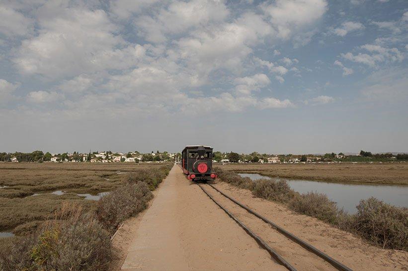 Bahn zum Praia Barril