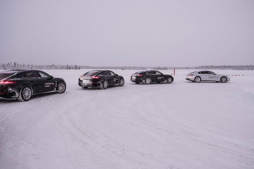 Porsche Panamera im Schnee beim Camp 4
