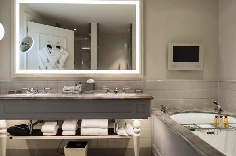 Badezimmer im Waldorf Astoria Amsterdam
