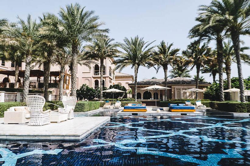 Dubai Pool Luxushotel