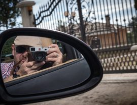 Reisefotografie mit Stil im Porsche in Rom