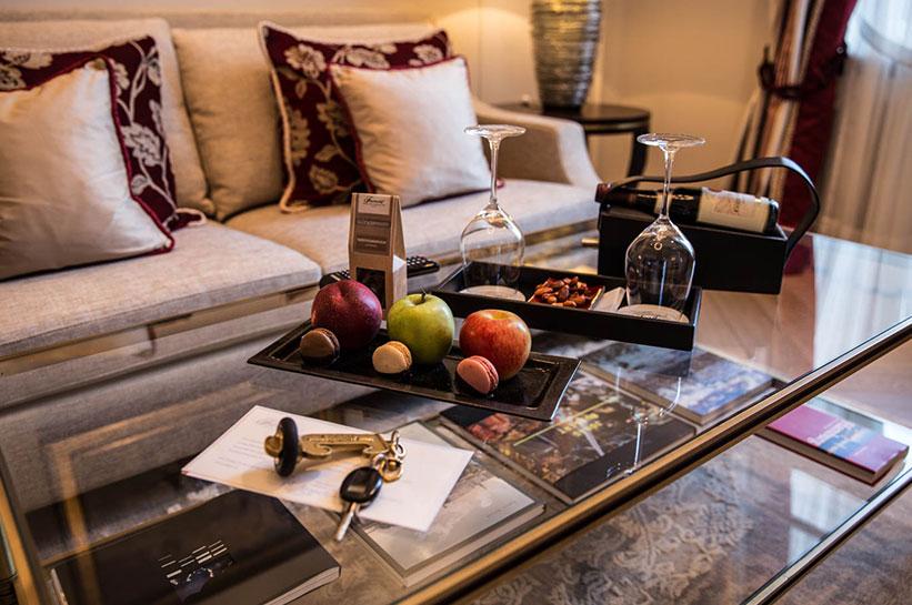 American Express Centurion Card Begrüßung Hotelzimmer (Obst und Wein)