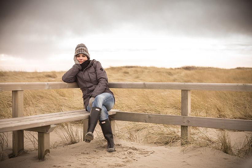 Leica Kamera Bild Sylt Frau in den Dünen
