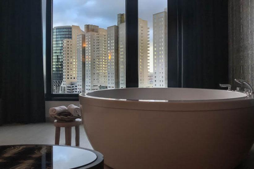Rotterdam Hotelzimmer Blick auf Hafen