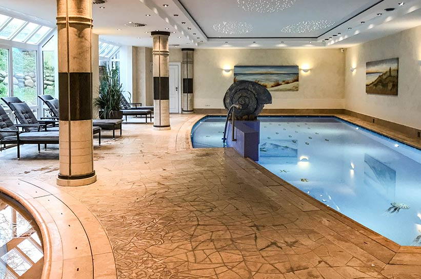 Pool im Hotel Rungholt auf Sylt