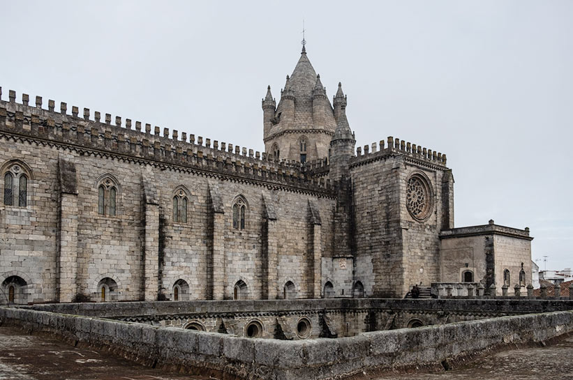 Evora Kathedrale Dach