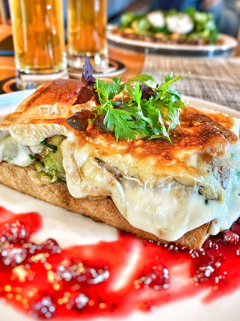Essen in Keitum auf Sylt Brot mit Käse