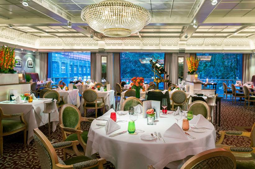 Brasserie im Breidenbacher Hof a Capella Hotel Düsseldorf