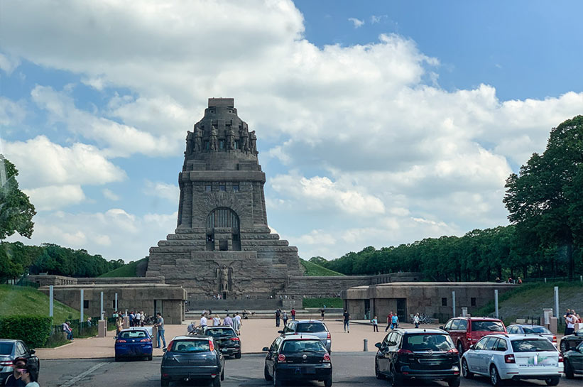 Das völkerschlachtdenkmal zum kennenlernen 29 november [PUNIQRANDLINE-(au-dating-names.txt) 49