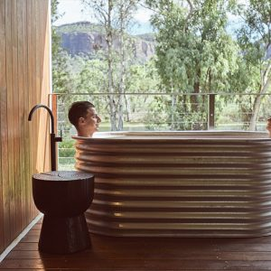 The 5 most stunning hotel bathtubs in Australia