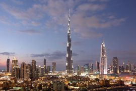 Dubai bei Nacht Copyright-philipus_-stock.adobe.com