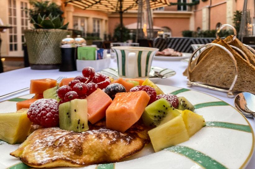 Frühstück im Hotel de la Ville Rom