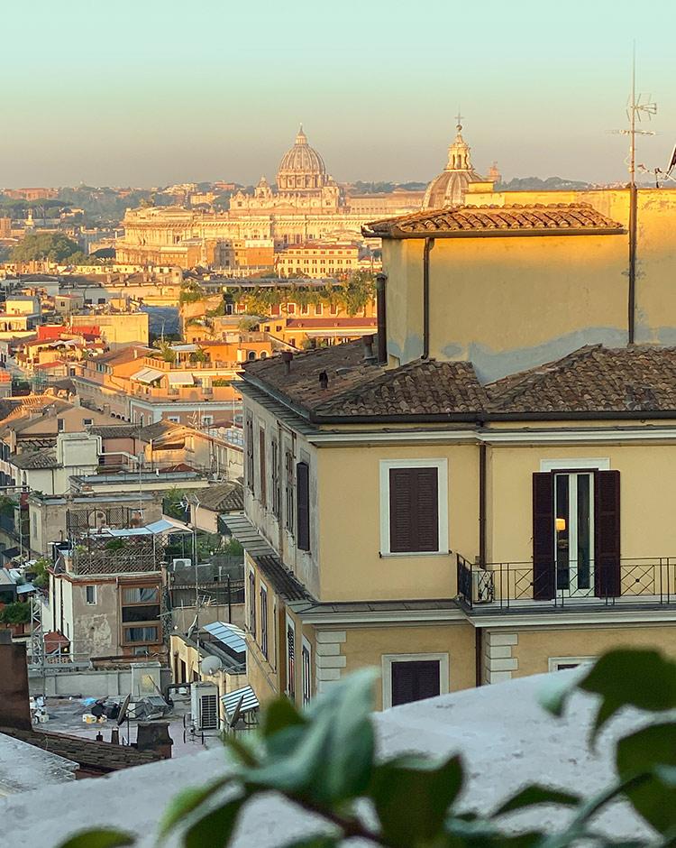 Blick auf Rom aus dem Zimmer Rocco Forte Hotel de la Ville