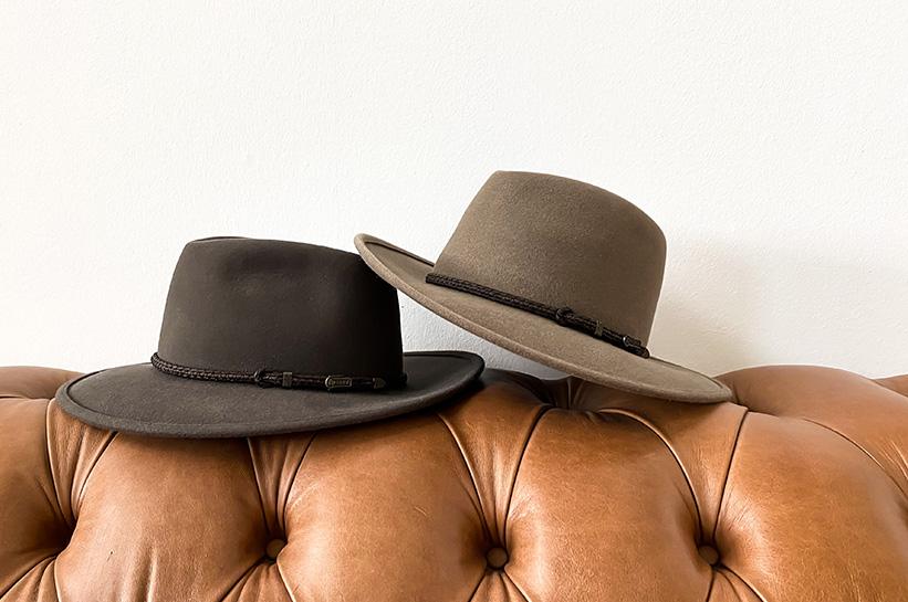 Urlaubserinnerungen positionieren: Hüte