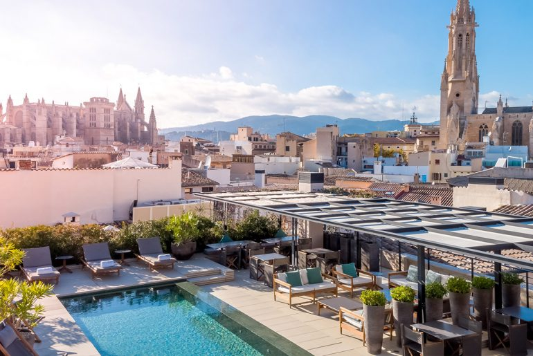 Boutique Hotels Mallorca Dachterrasse mit Pool San Francesc Hotel